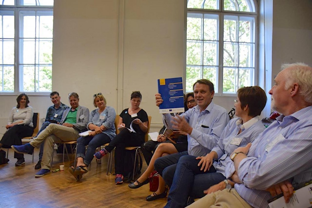 InSEA regional Conference in Vienna: The lecture session was  the occasion to launch the Envil- book